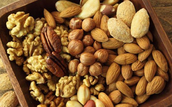 Dieta na myślenie i dobrą pamięć: co jeść, by poprawić pracę mózgu